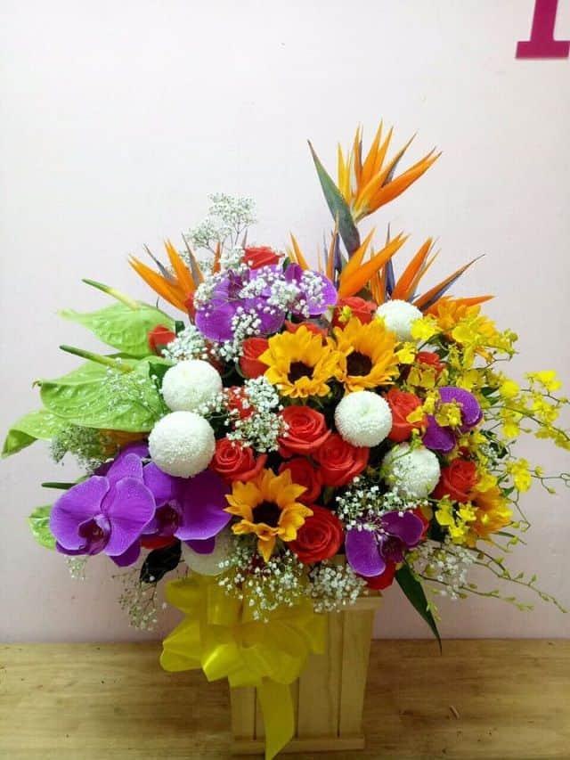 hộp hoa sinh nhật tặng nam giới