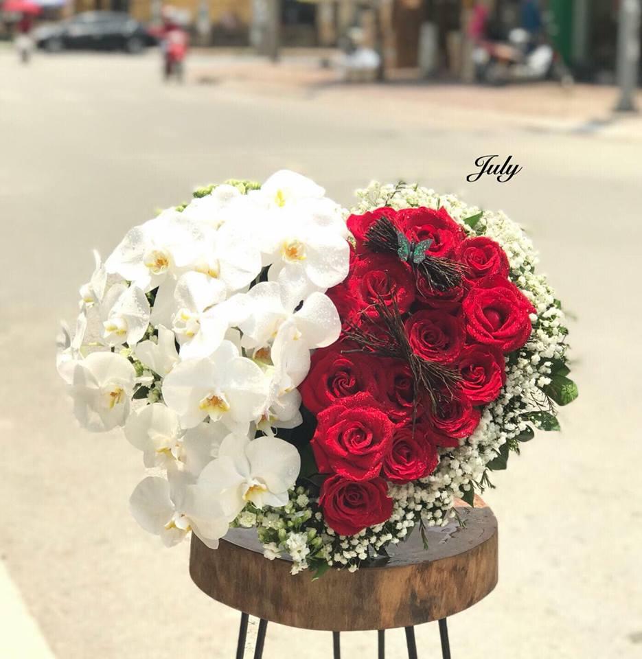 hoa hong hinh trai tim tinh yeu